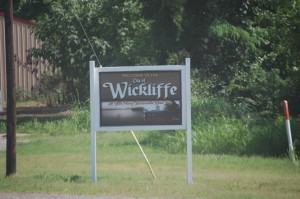 Welcome to Wickliffe, Kentucky - just after crossing over the second bridge