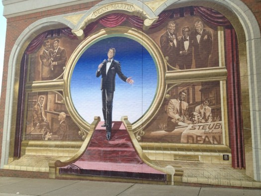 Dean Martin mural in Steubenville painted by Robert Dever