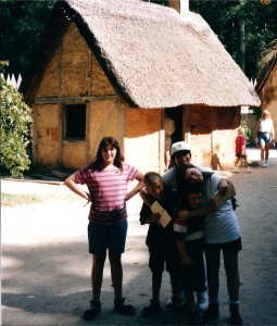 Kids in the Jamestown Settlement in August 1995