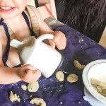 DME gourde évolutive bébé, gnocchis maison au brocolis et grand tablier de protection