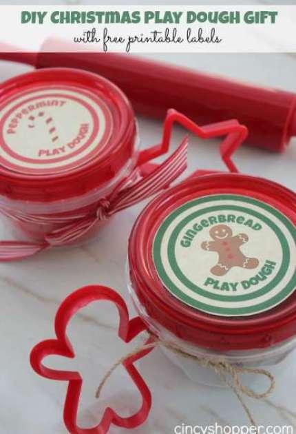 DIY-Christmas-Play-Dough