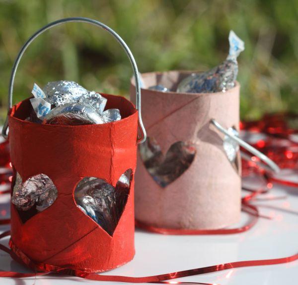 DIY Valentine Favor Buckets