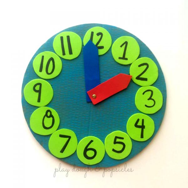 DIY clock to teach kids about time.