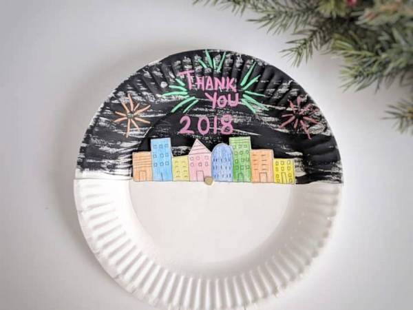 new years paper plate craft