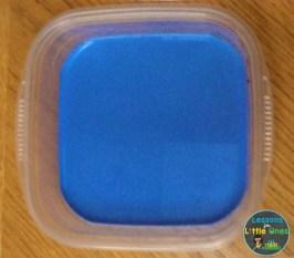 magic milk color mixing Christmas science experiment