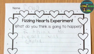 valentine science experiment baking soda & vinegar fizzing hearts page