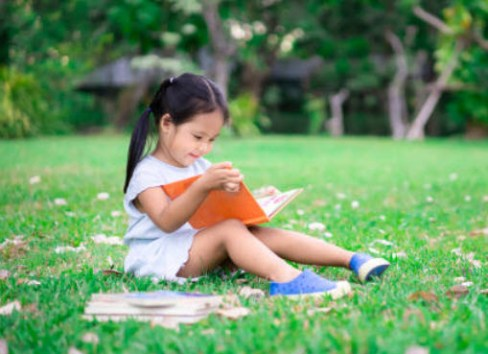 reading books helps stop the summer slide
