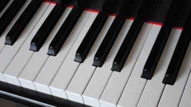 Comment faire débuter les enfants au piano avec Irina Gorin et sa méthode.