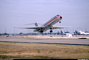 Photo of a DC-9-82 after liftoff