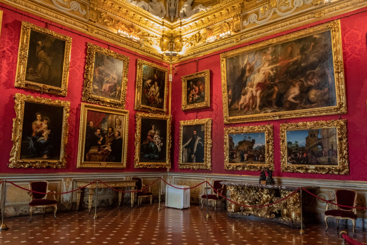 Travel guide Florence Italy-The Pitti Palace, Florence