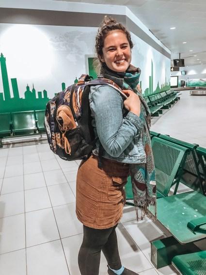 airport travel tips- lessormorgan