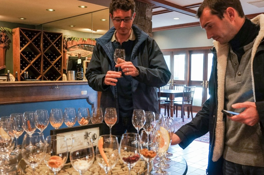 wine tasting at rex hill