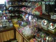 edgartown_ice_cream_and_candy_bazaar2