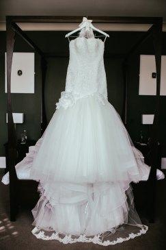 pressing robe de mariée morphologie dentelle