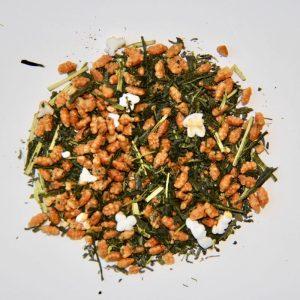 Thé vert japonais aux riz brun soufflé et grillé
