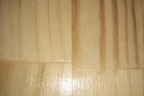 Как защитить деревянную лестницу?