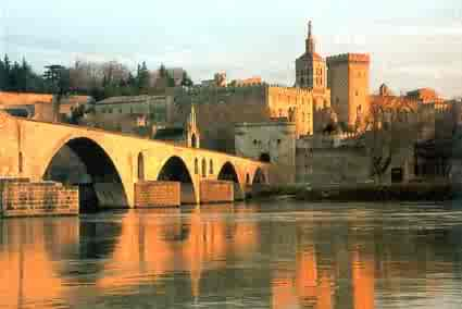 Les 3 choses incontournables à faire à Avignon