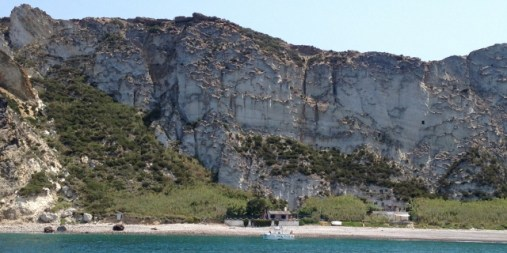 Pontine, Palmarola, Cala del Porto
