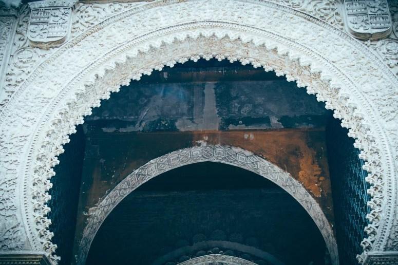 puerta del perdón en sevilla, voyage en espagne