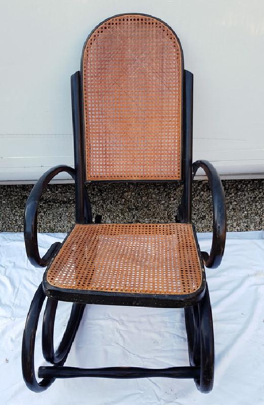 fauteuil rocking chair bois courbe et cannage ancien