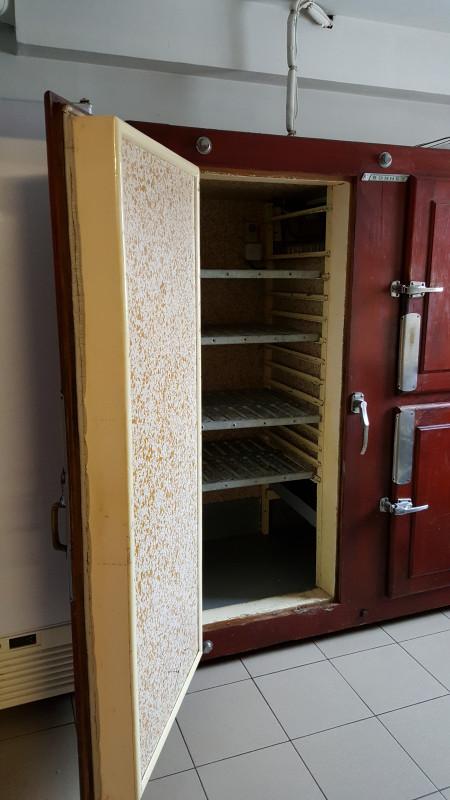 Chambre froide de boucher ancienne  Les Vieilles Choses