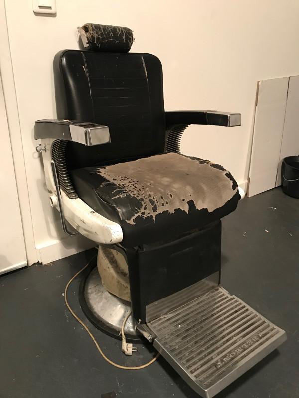 chaise coiffeur belmont original vintage precedent suivant