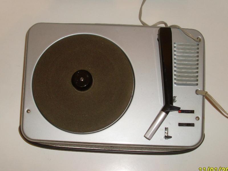 electrophone tourne disque disque vinyle vintage 60s philips ng 243