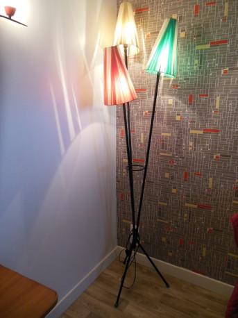 lampadaire tripode