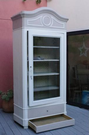 armoire bonnetiere avec porte vitrine ancienne