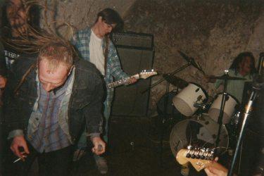 1994_04_Z1_CrossOnYourPast_01