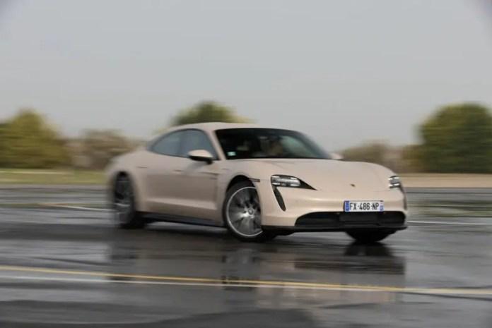 Porsche Taycan test
