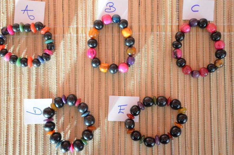 Bracelets rond corne de zébu, 7€ / reste B et D