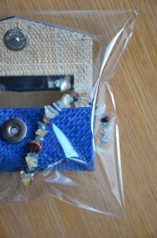 coffet maquillage bleu - bracelets (3)