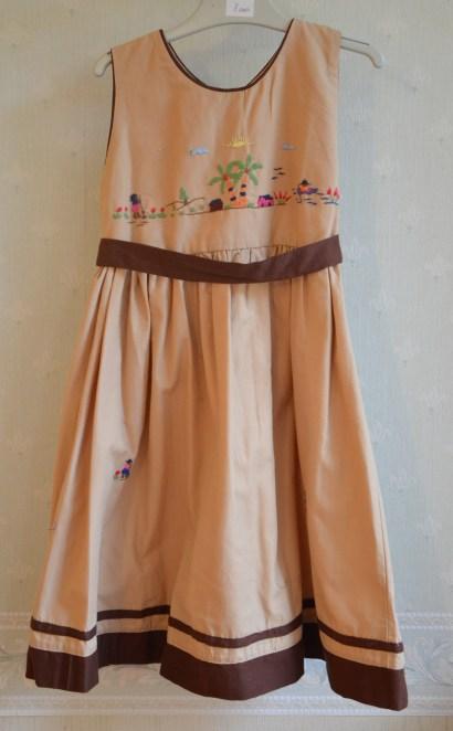 robe-brodee-8-ans-madagascar (11)