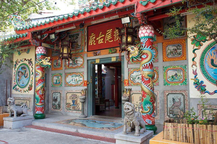 Temple Leng Buai Ia dans Chinatown à Bangkok.