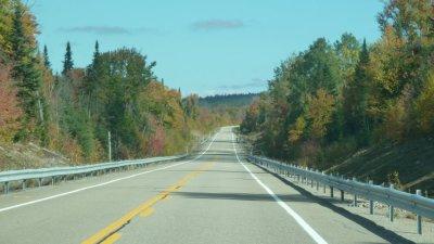 Sur la route de Val des Lacs - Québec