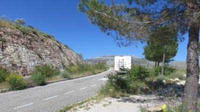 Notre camping-car sur la route des villages blancs