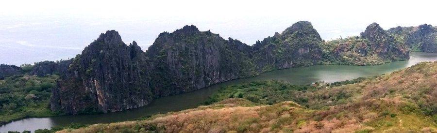 les Roches de la lagune de Linderalique - Hienghène (NC)