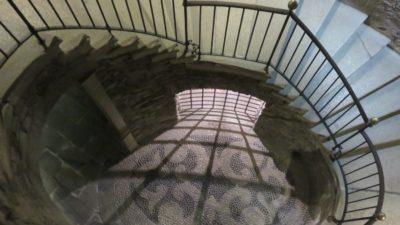 Les escaliers du sous sol du palais d'Isola Bella (îles Borromées)