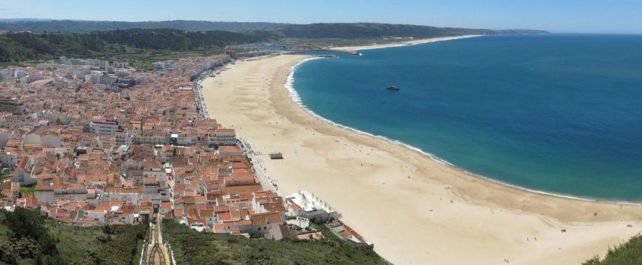 Nazaré et sa plage magnifique