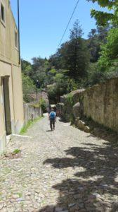 Descente de la forteresse de Sintra