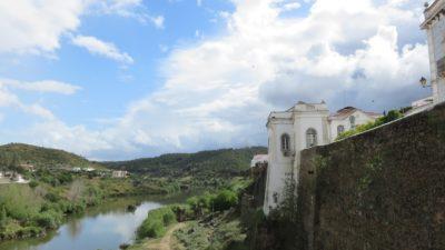 Mertola et la rivière Guadiana