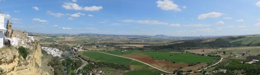 Vue depuis Arcos de la Frontera sur la vallée du Guadalete.