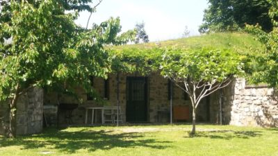 Petite maison troglodyte de Monte Isola