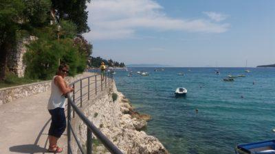 La promenade en bord de mer à Rabac (Istrie)