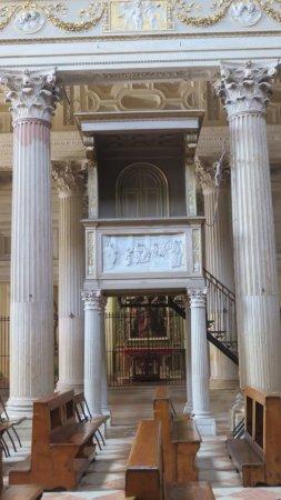 La chaire de la basilique st André de Mantoue