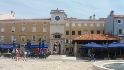 La tour de l'horloge à Cres