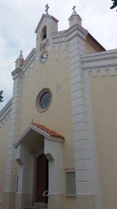 L'église de la Sainte Trinité de Baska