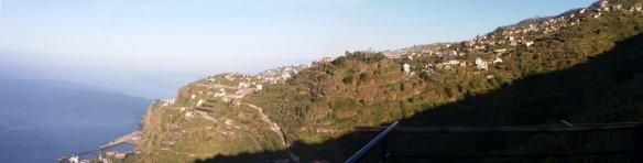 Vue sur Ponta do Sol depuis notre gite - Madère