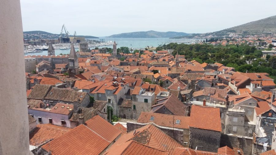 Vue sur Trogir depuis la tour de la cathédrale St Laurent